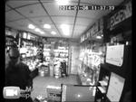 """Пенсионер избил продавца телефонов,People,,Инцидент запечатлели камеры внутреннего наблюдения торгового комплекса """"Савеловский"""", где произошло ЧП.  Пенсионер пришёл с жалобой на неработающий мобильный телефон, ранее купленный в этом салоне. Сначала он довольно вежливо излагал проблему, но, получив о"""