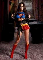девушка супергерой