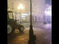 Московские коммунальщики поливают улицу после шторма,People & Blogs,,