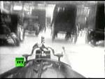 Первый видеорегистратор в истории,News,,В 1926 году пожарные Нью-Йорка, выехавшие на вызов, сняли все происходящее на кинокамеру. Сделанная ими съемка поездки по городу практически не отличается от записей современных видеорегистраторов. К счастью, тогда обошлось без аварий. Подписывайтесь на RT Ru