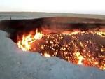Meteorite crater in Chelyabinsk - Кратер от метеорита в Челябинске,News,,Последствия падения меторита в Челябинске ЖЕСТЬ Meteor Hits Chelyabinsk, Burning Crater Video Падение метеорита на Урале не связано с астероидом, прохождение которого над Землей в пятницу ожидают ученые. Об этом сообщает «Интер